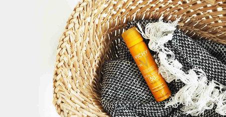 Hogyan ápolja a pattanásokra hajlamos bőrt nyáron?