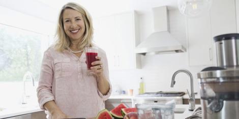 Menopauza-barát tápanyagok, melyek enyhíthetik a tüneteket