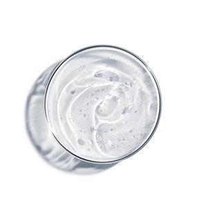 Glicerin a bőrápolásban: minden, amit tudnia kell erről a hatóanyagról