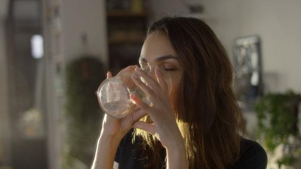 Egészséges rituálék: miért hat jótékonyan a bőrre a hidratálás növelése?