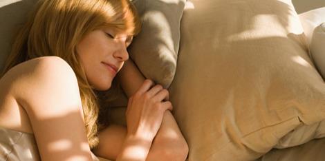Mi történik bőrünkkel, amikor alszunk?