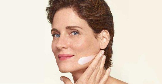 Menopauza: hogyan hidratáljam a bőröm 50 felett?